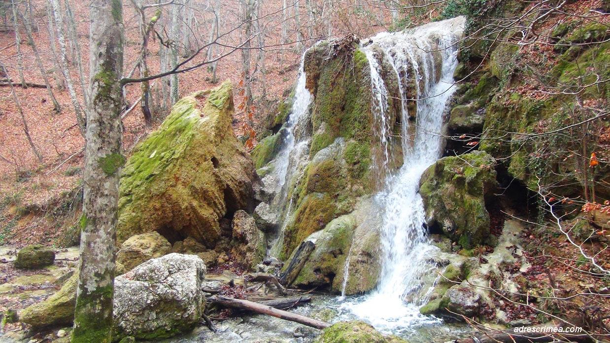 водопад серебряные струи Крым
