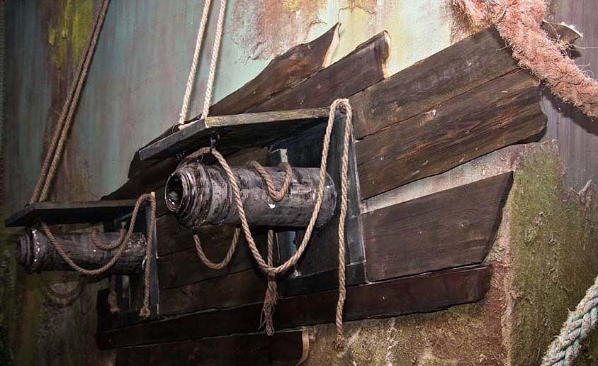 Пушки музея морских катастроф