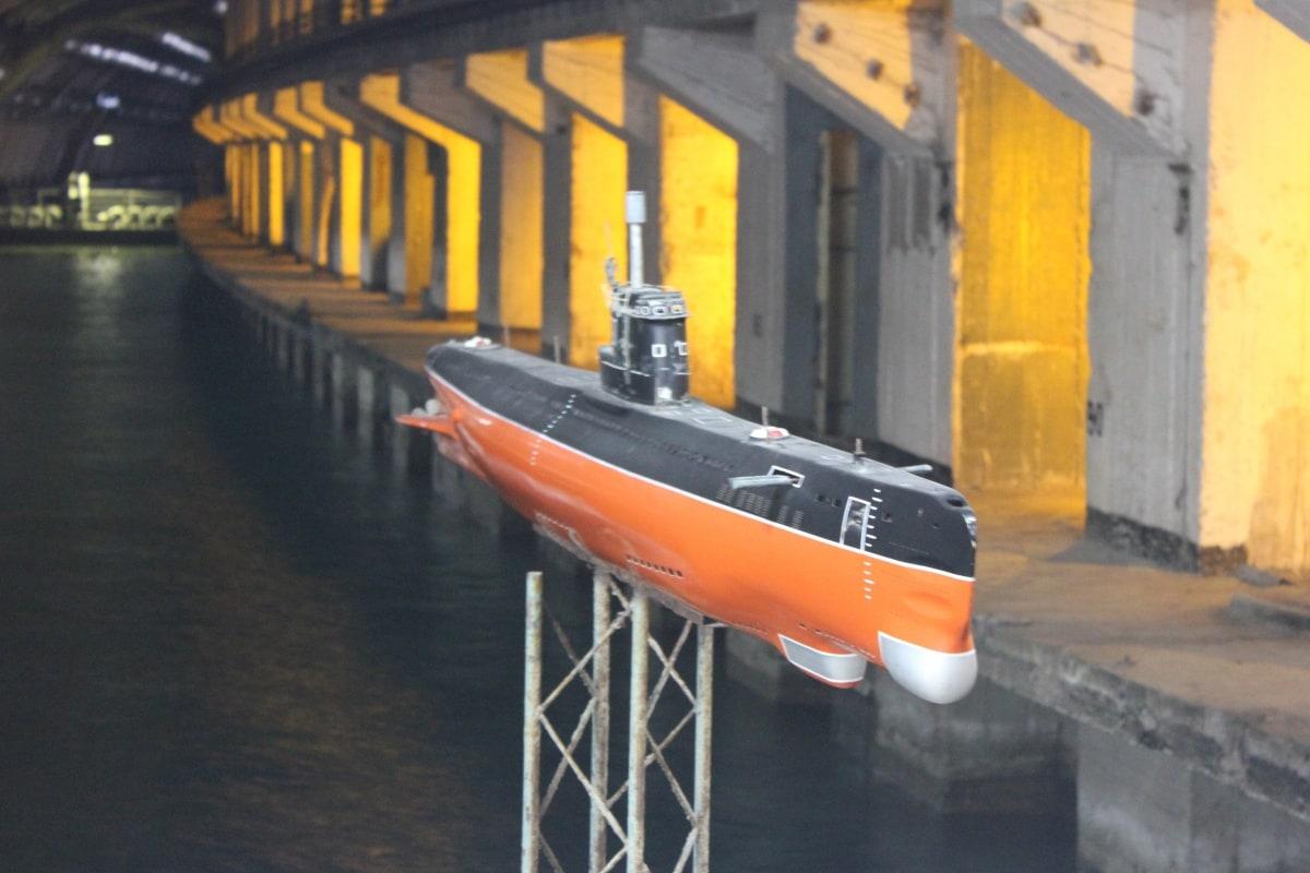 Подводная лодка в Балаклавском музее