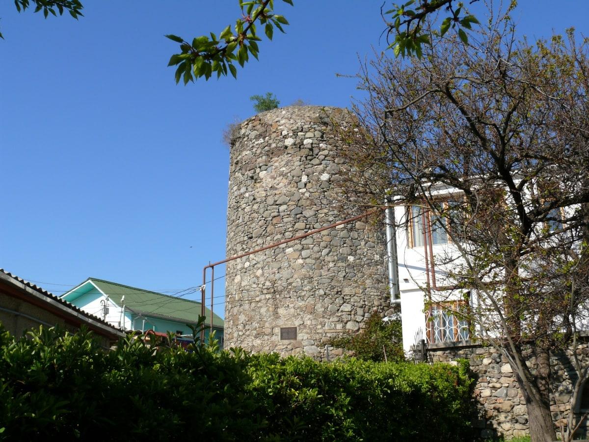 Руины крепости Алустон