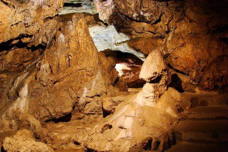 Красные пещеры (Кизил-Коба)