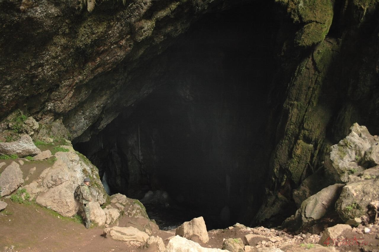 Ледяная пещера, вид изнутри