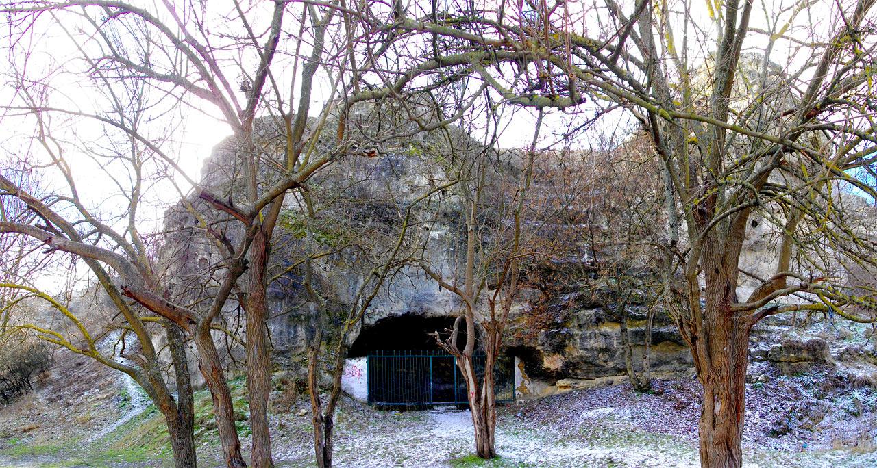 """Пещера-грот """"Чокурча"""""""