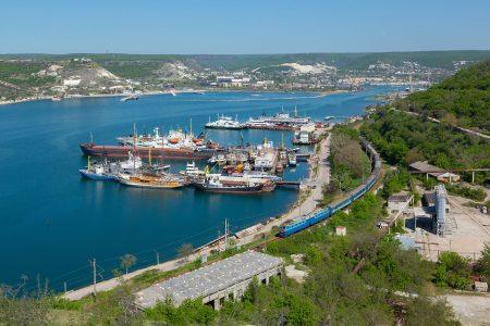 Ахтиарская бухта