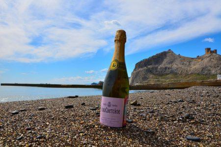Топ шампанских вин Крыма: мнение крымчан